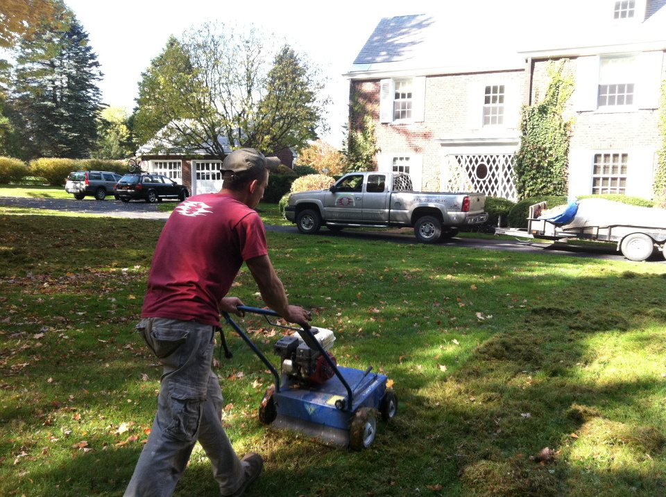Landscape maintenance services in the utica ny area for Lawn and garden services