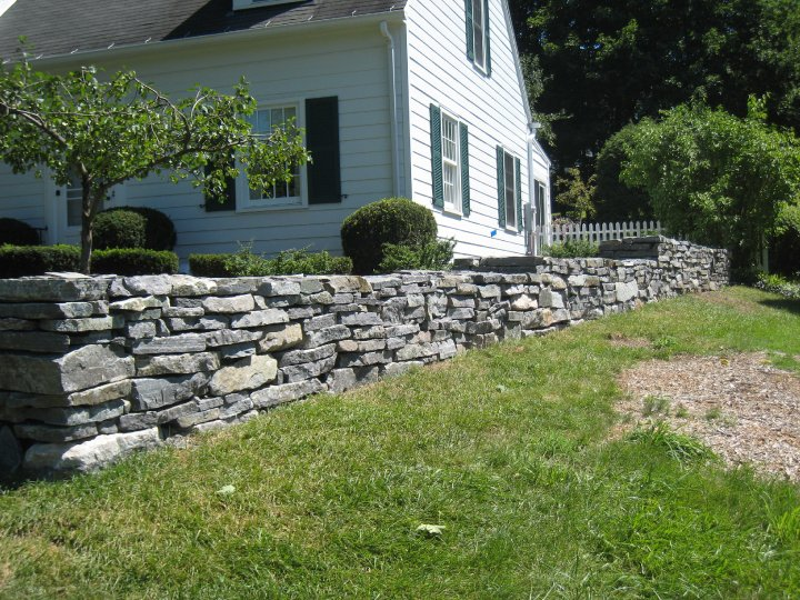 Corinthian Granite Double Dry Stacked Wall Front Yard